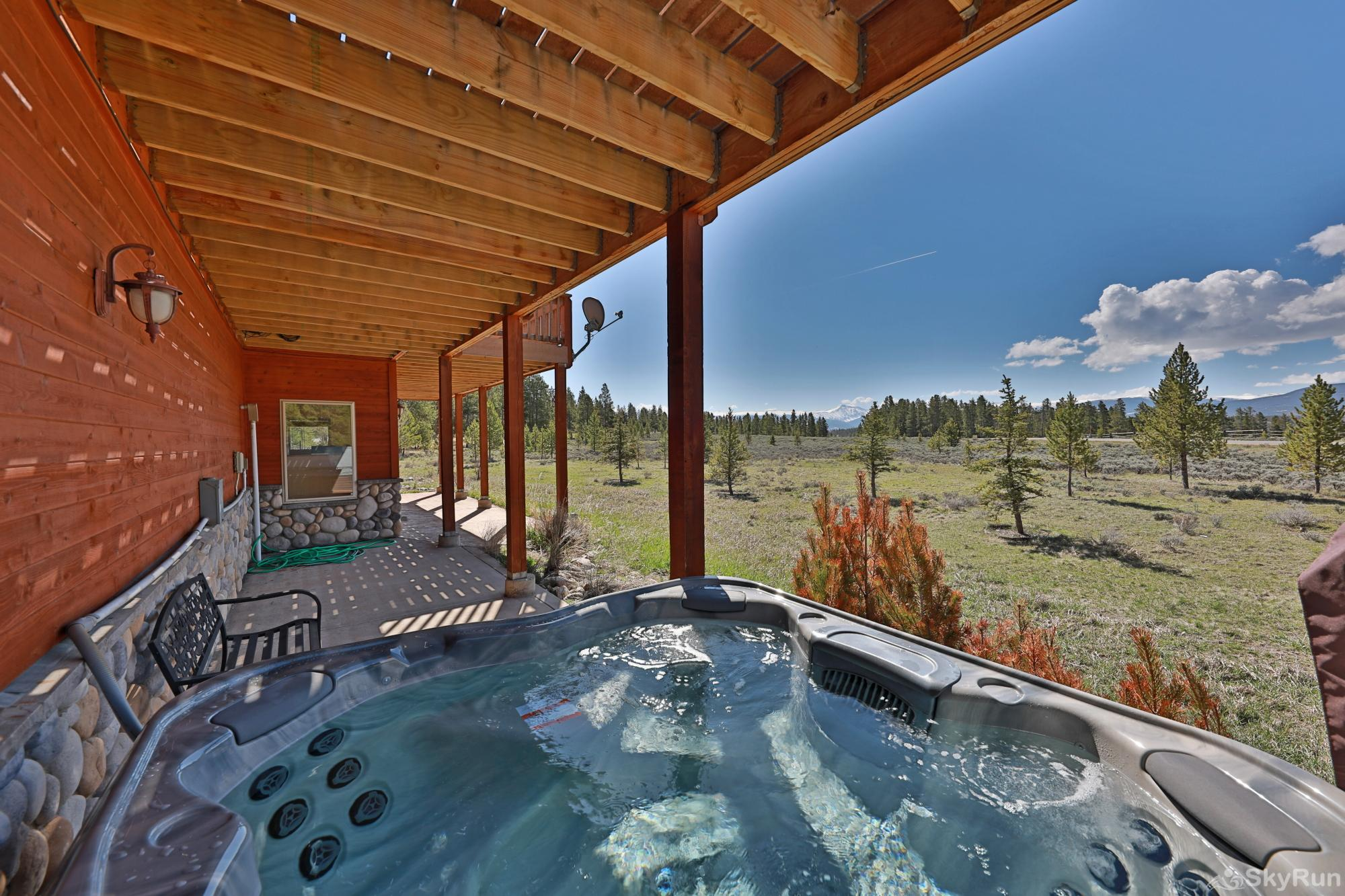 Mountain Peak Private Hot Tub with a View